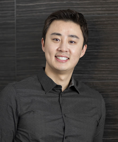 Dr. Young Jun Kwon, London and Aurora Dentist