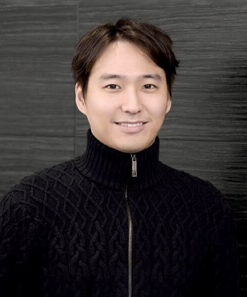 Dr. Jinwoon Moon, London and Aurora Dentist